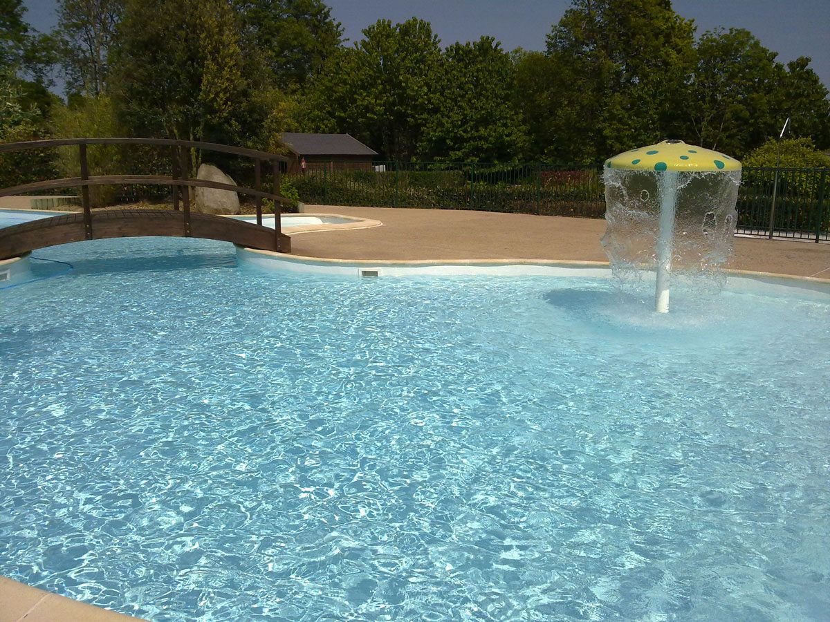 Campsite with swimming-pool Mont-Saint-Michel. Spa Jacuzzi ...