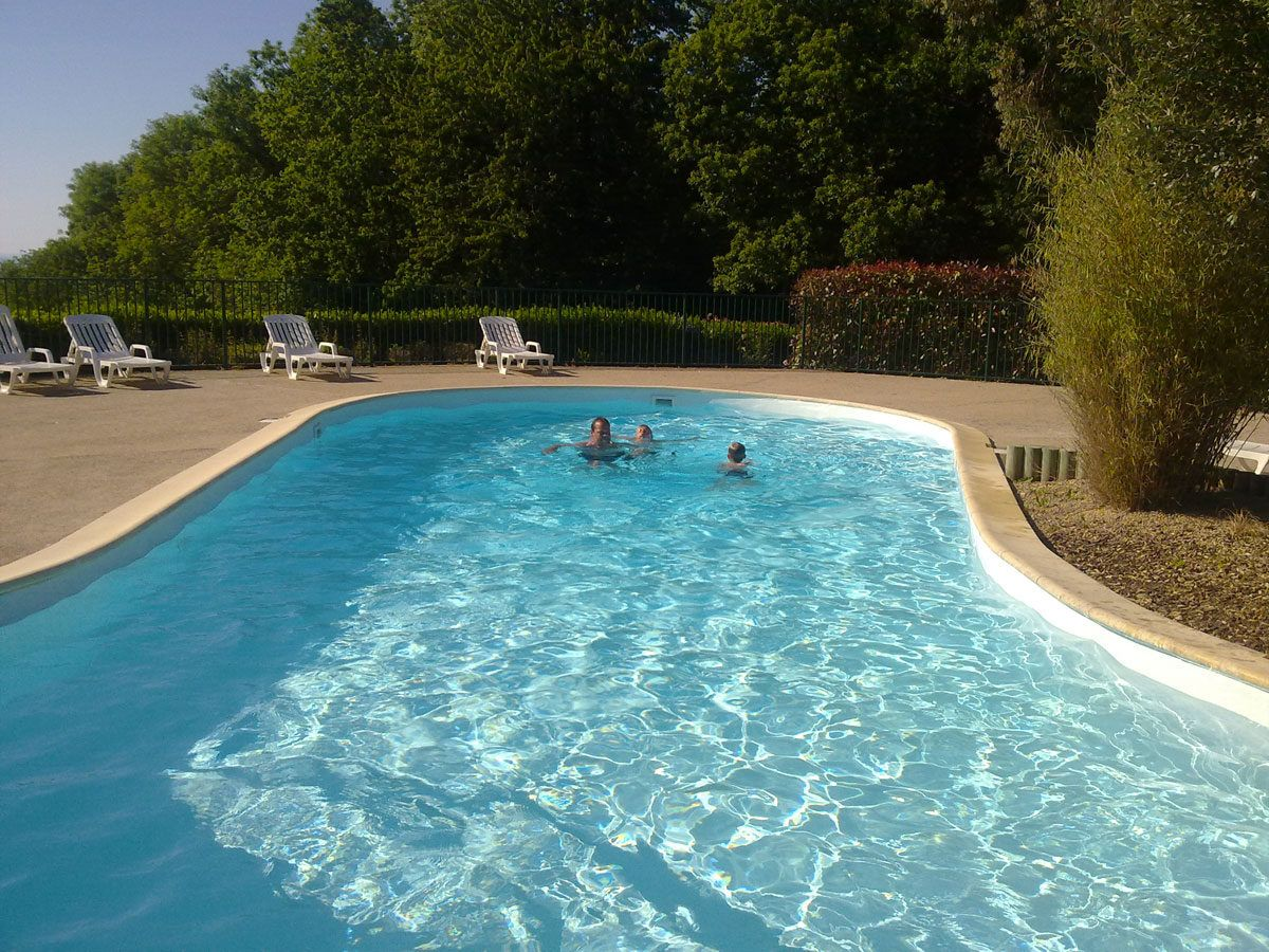 Camping avec piscine mont saint michel cancale spa for Camping cancale avec piscine