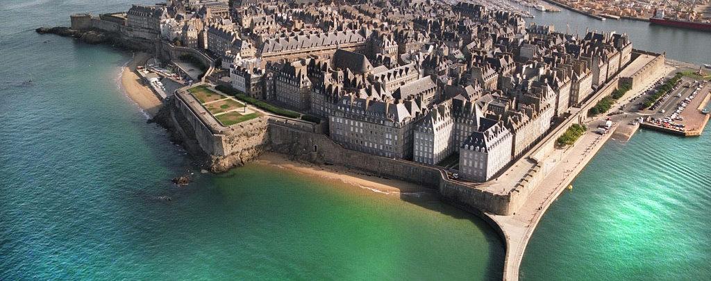 Camping vue mer proche Saint-Malo et Cancale
